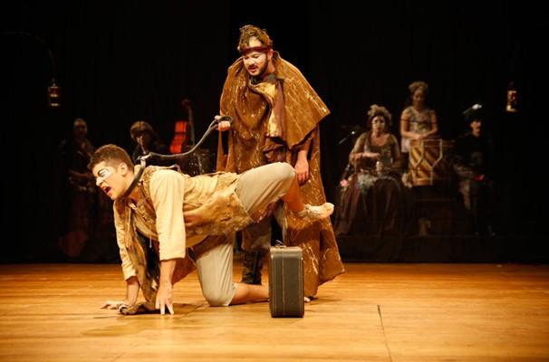 Comédia de Shakespeare discute amizade e infidelidade (Foto: Victor Iemini)