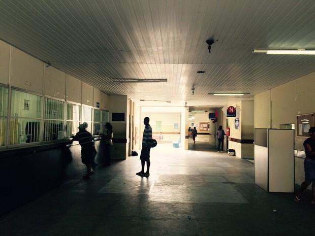Redução de funcionários devido à greve no PAM Salgadinho causa reflexos no atendimento (Foto: Carolina Sanches/G1)