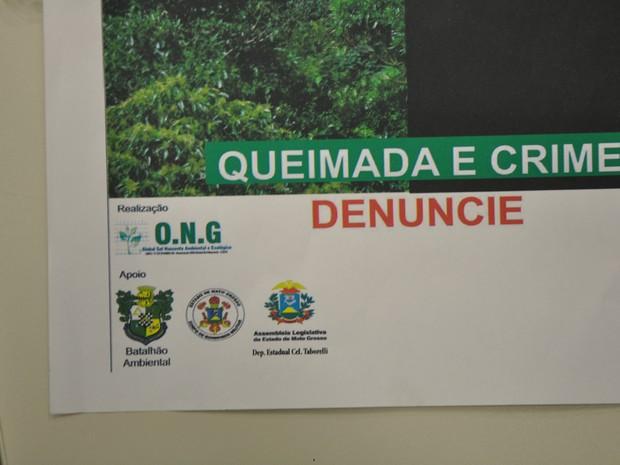 Capa de falsa cartilha tinha logos da ONG, do Batalhão Ambiental, Corpo de Bombeiros, Assembleia Legislativa e o nome do deputado estadual Taborelli. (Foto: Amanda Sampaio/G1)