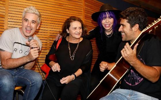 Rogério Flausino, Lucinha Araújo, Baby do Brasil e Sideral participam do ensaio em homenagem a Cazuza (Foto: Felipe Panfili)