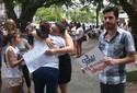 Ato distribui abraços a familiares de vítimas da Kiss