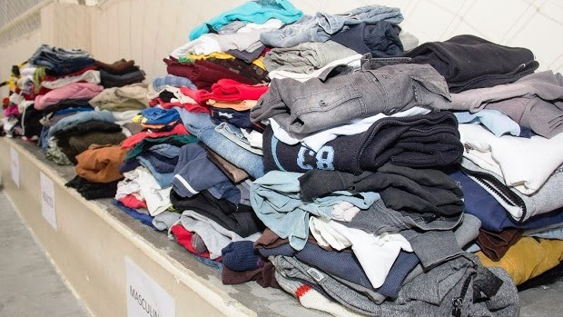 Roupas doadas serão destinadas a diversas ações sociais (Foto: Divulgação)