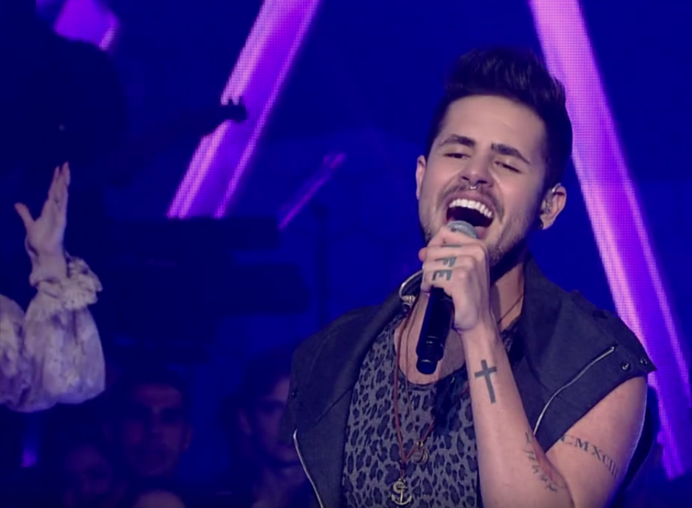 Leandro Buenno foi semifinalista do The Voice Brasil (Foto: Reprodução/TV Tribuna)