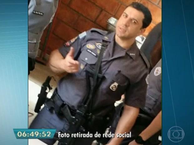 Capitão da Rota Marcos Henrique da Silva levou dez tiros (Foto: TV Globo/Reprodução)