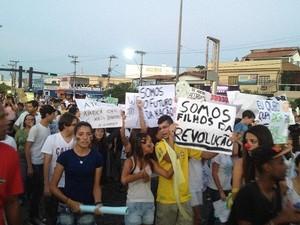 Manifestantes em Búzios protestaram contra o preço da passagem de Ônibus (Foto: Divulgação/Iniciativa Popular Búzios)