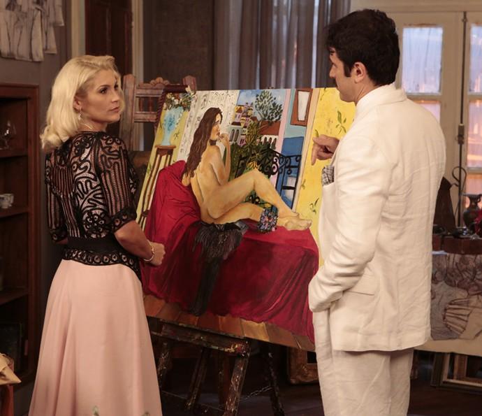 Ernesto mostra quadro de Filomena nua (Foto: Felipe Monteiro / Gshow)