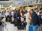 Lufthansa cancela 929 voos por retomada de greve de tripulantes