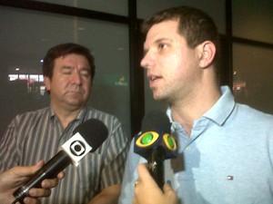 Marcelo Cypel chegou a Porto Alegre na tarde deste domingo (Foto: Jessica Mello/G1)