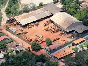Empresa madeireira no oeste do Pará (Foto: Agnaldo Almeida/Greenpeace)