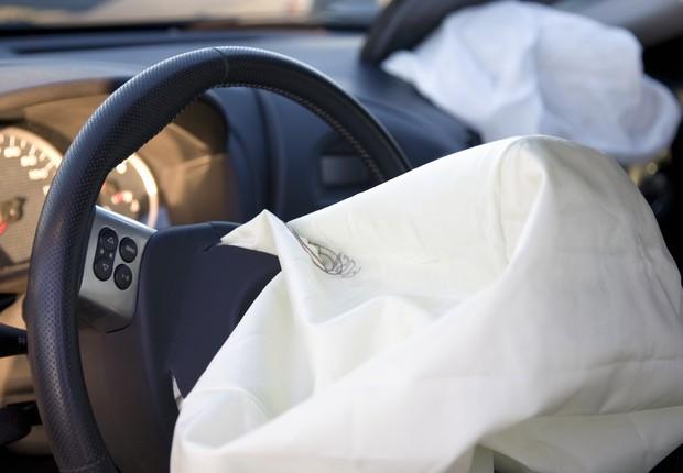 Airbag-carro-acidente (Foto: Thinkstock)