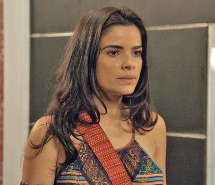 Tóia estranha comportamento agressivo de Ascânio (Foto: TV Globo)