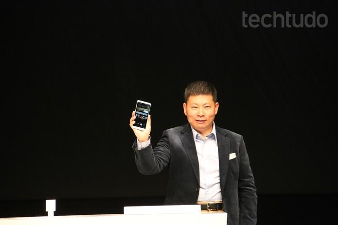 540f500678a Ascend Mate 7 é apresentado pela Huawei na IFA 2014 (Foto  Fabricio  Vitorino