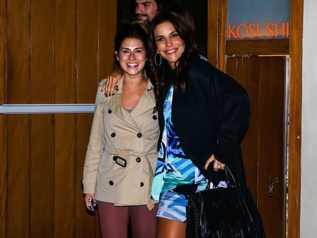 Fernanda Paes Leme e Ivete Sangalo em restaurante em São Paulo (Foto: Manuela Scarpa/ Foto Rio News)