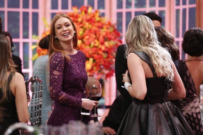 Marina Ruy Barbosa sorri para as lentes do Gshow durante a festa (Foto: Ellen Soares / Gshow)