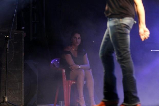 Graciele Lacerda assiste show de Zezé (Foto: Paduardo / Phábrica de Imagens)