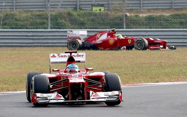 Alonso e Massa no GP da Coreia (Foto: EFE)