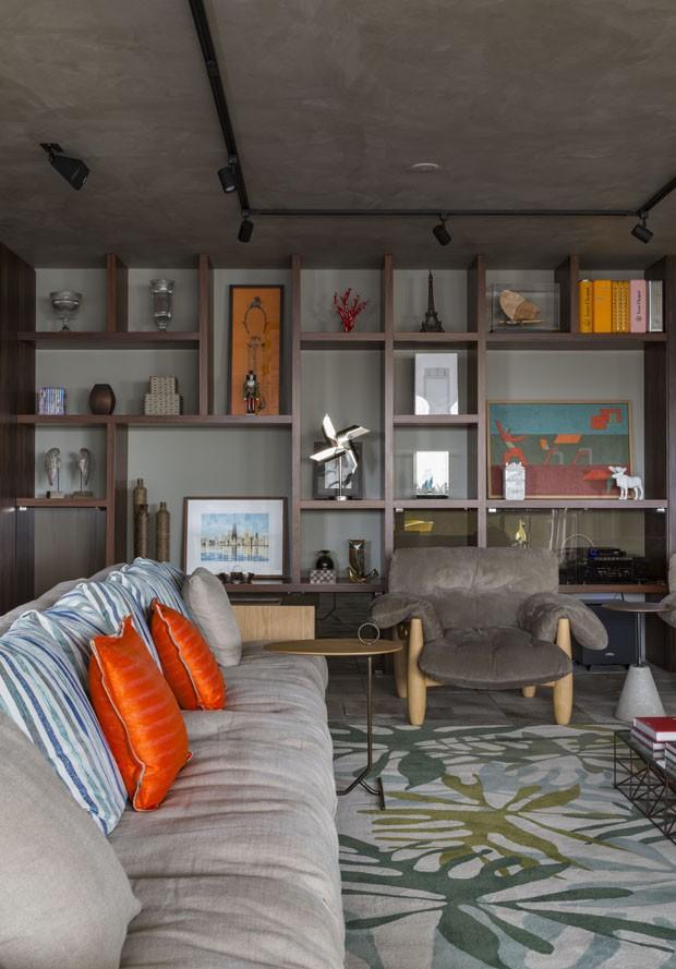 Obra de arte dita decoração de apartamento em Campinas (Foto: Divulgação)