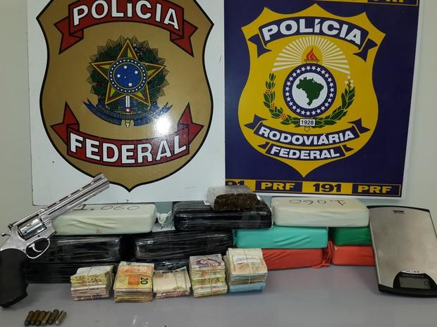 Operação da PF e PRF apreende droga em Campina Grande (Foto: Divulgação/PRF)