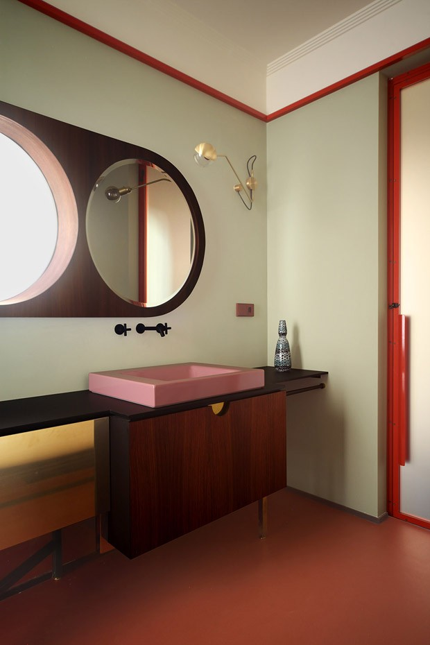 Apartamento do século 19 ganha décor inspirado na atmosfera de Veneza (Foto: Carola Ripamonti/Divulgação)