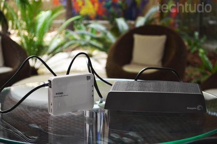 Colocar roteador em cômodo central melhora propagação do Wi-Fi (Foto: Luciana Maline/TechTudo)