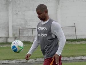 Julio Cesar CRB (Foto: Viviane Leão/GloboEsporte.com)