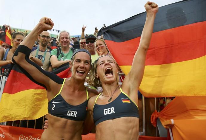 Kira Walkenhorst e Laura Ludwig (Foto: Reuters)