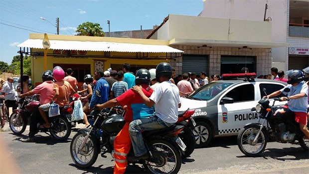 Crime aconteceu em uma casa de jogos na rua Francisco Solon, no bairro Boa Vista  (Foto: Passando na Hora)