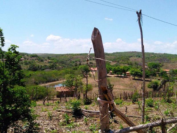 Agricultor saiu de casa para trabalhar em sua plantação. Ele morreu nesta quarta-feira (18) por um raio (Foto: Darlene Barbosa/TV Verdes Mares)