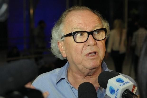 Washington Olivetto no velório de Jair Rodrigues  (Foto: Francisco Cepeda/AgNews-SP)