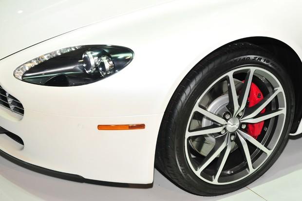 Aston Martin Vantage V8 (Foto: Oswaldo Palermo / Autoesporte)