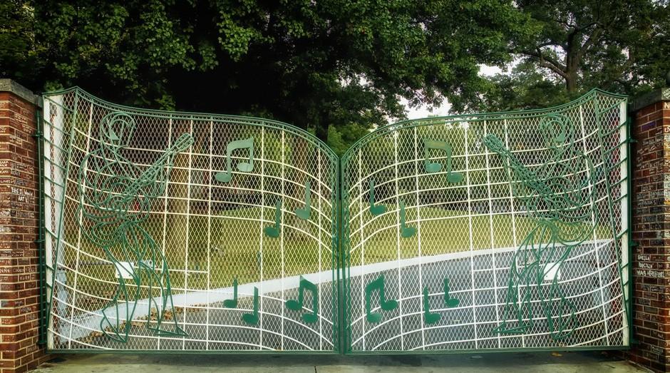 graceland; elvis presley; música; casa; portão;  (Foto: Pixabay)