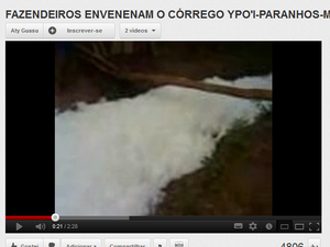 Índios denunciam contaminação de córrego (Foto: Reprodução/YouTube)