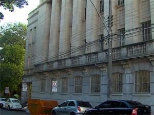 Testemunhas de acusação depõem no Fórum Criminal de São Carlos  (Foto: Reprodução/EPTV)