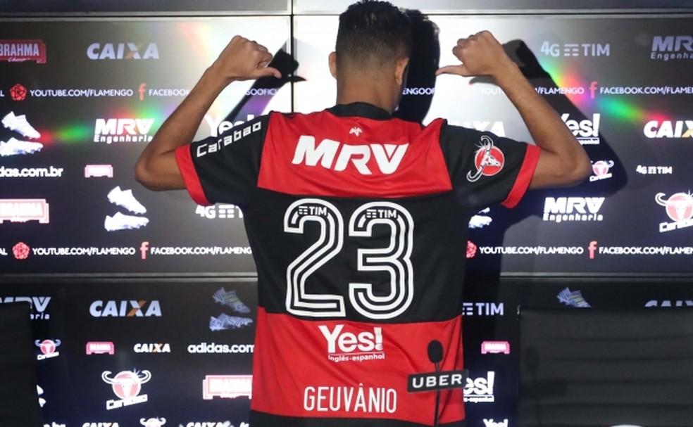 Santos cobra R 1,8 milhão de chineses por empréstimo de Geuvânio ao Flamengo