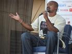 'Não quero dividir a riqueza do Eike Batista', diz MV Bill em Ribeirão Preto