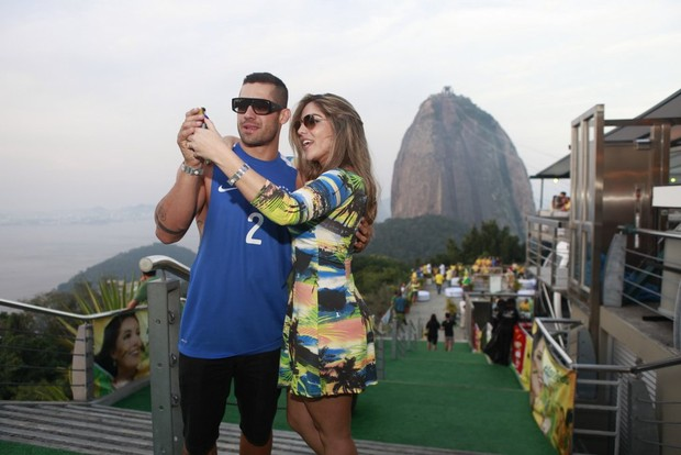 Yuri Fernandes e Anamara (Foto: Isac Luz/ EGO)