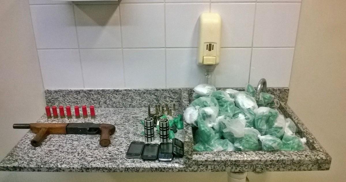 Dois são presos com arma, munições e drogas em Casimiro de ... - Globo.com