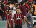 Análise: Atlético-PR estreia reforços e abre espaço a garotos no 1º teste