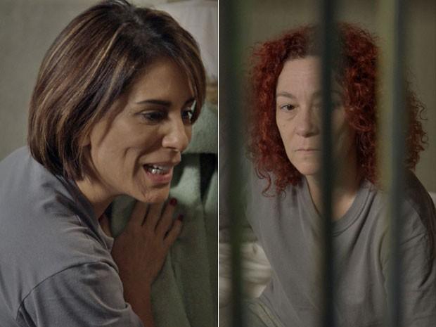Sobre a vida na cadeia? Beatriz diz para a colega de cela que não está disposta (Foto: TV Globo)
