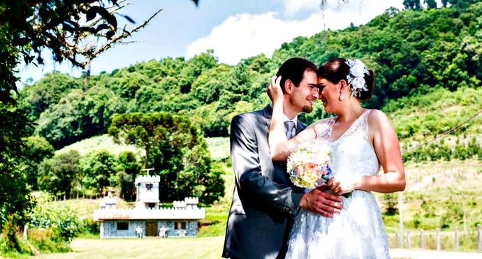 Sandra Guareze e Tiago Pradella, de Flores da Cunha (Foto:  Anderson Tibes Bueno/Divulgação)