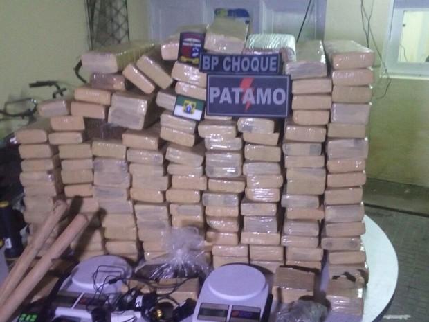 Droga foi apreendida durante operação do BPChoque em Alcaçuz (Foto: Divulgação/PM-RN)