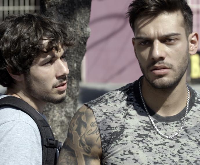 Wood aparece no Leal Brazil junto de Luan e procura por Rodrigo (Foto: TV Globo)