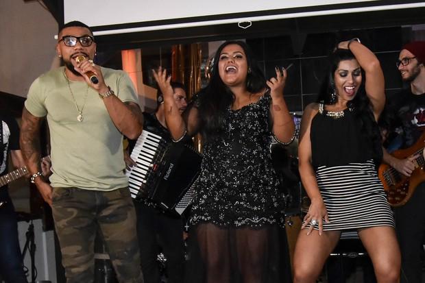 Naldo, Camila e Ellen (Foto: Caio Duran / Azzi Agency / Divulgação)