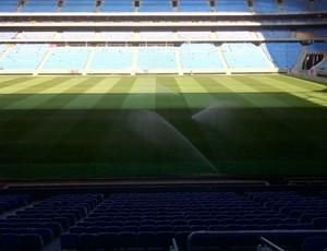 arena grêmio corte gramado (Foto: Reprodução/Twitter)