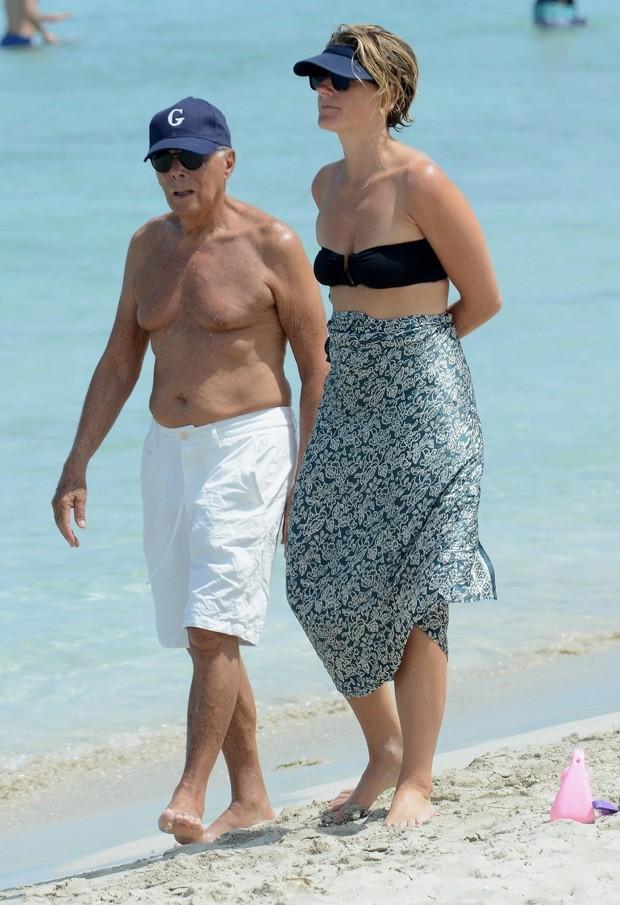 Giorgio Armani e amiga (Foto: AKM-GSI)