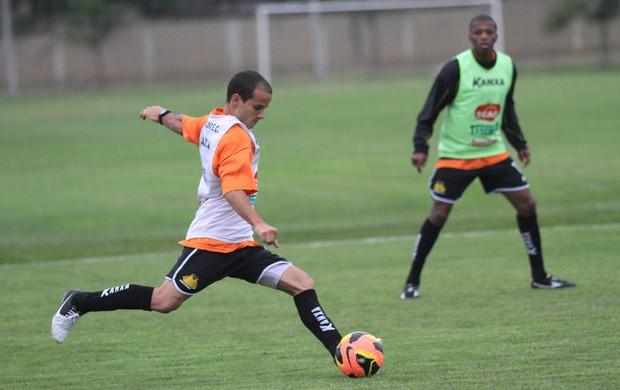 Morais meia Criciúma treino CT (Foto: Fernando Ribeiro / Criciúma EC)