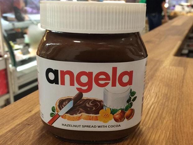 Campanha em Londres coloca nome dos clientes nos potes de Nutella (Foto: Reprodução/Twitter/Selfridges)