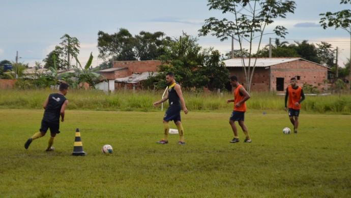 Rondoniense foca na segunda fase do Estadual  (Foto: Lívia Costa)