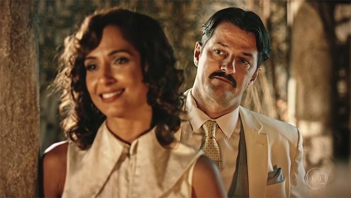 Carlos e Tereza armam plano para separar Miguel e Olívia (Foto: TV Globo)