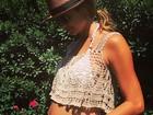 Stacy Keibler, ex de George Clooney, comemora gravidez e Dia das Mães